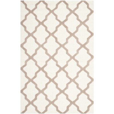Breakwater Bay Beacon Falls Hand-Tufted Ivory/Beige Area Rug
