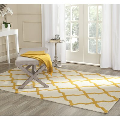 Breakwater Bay Beacon Falls Hand-Tufted Ivory/Gold Area Rug