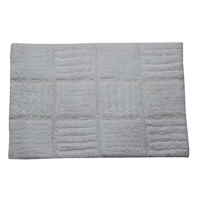 "Nathen 100% Cotton Chakkar Board Spray Latex Back Bath Rug Color: White, Size: 40"" H X 24"" W"