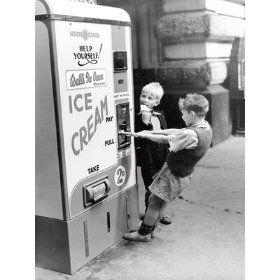 "DEInternationalGraphics ""Walls Ice Cream from Slot machine, Water"" von Anonym, Fotodruck"