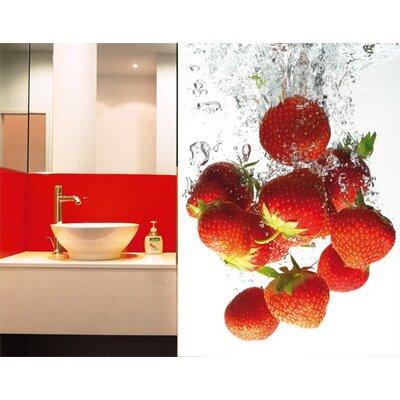PPS. Imaging GmbH Tapete Strawberry Bath 280 cm H x 200 cm B