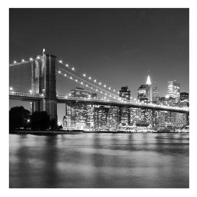 PPS. Imaging GmbH Tapete Nighttime Manhattan Bridge II 288 cm H x 288 cm B