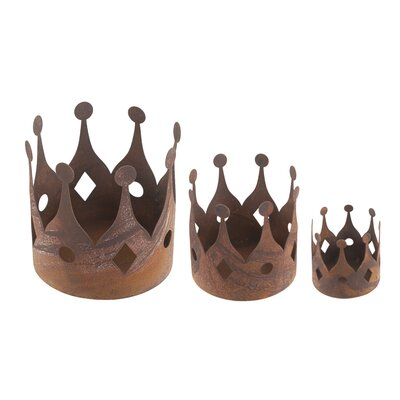 Old Basket Supply Ltd 3 Piece Rusty Decorative Crown Set