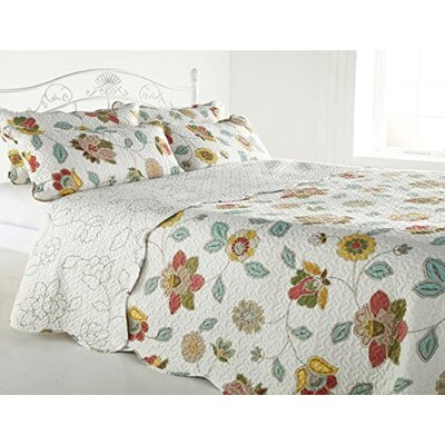 Diana Cowpe Botanic Memories Quilted Bedspread Set
