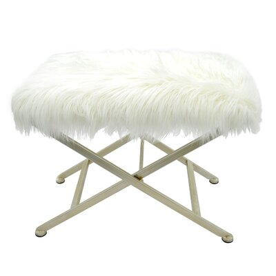 Isla Upholstered Bench Color: Silver Champagne