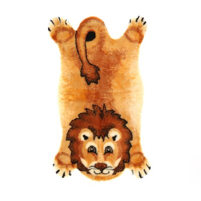 Walk On Me Lion Kids Rug