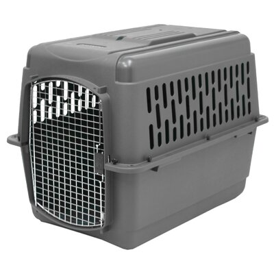 "Donnie Traditional Pet Carrier Size: Medium (27""H X 25""W X 36""L)"