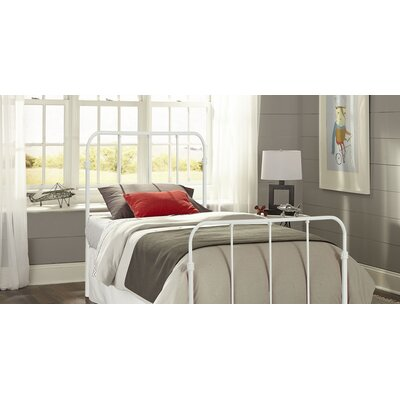 Collin Kids Bed with Metal Duo Panels Color: Artic White, Size: Twin