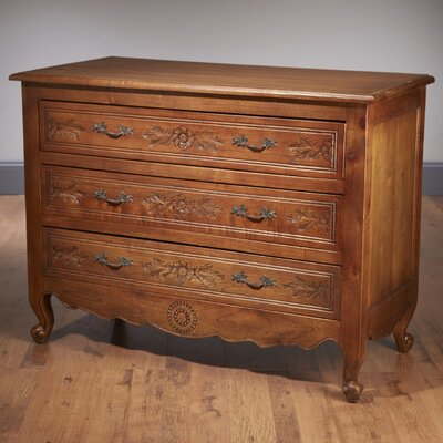 3 Drawer Chest Color: Walnut