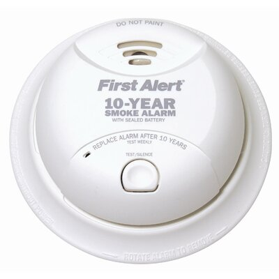 First Alert Power Cell Smoke Detector in White