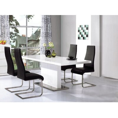 Heartlands Furniture Chaffee Dining Table