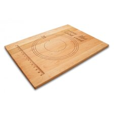 Essentials Pastry board in Maple