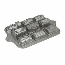 Bundt Brand Bakeware Train Cake Pan