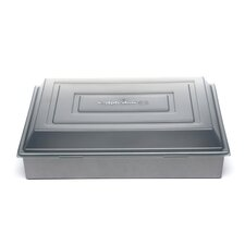Nonstick Covered Cake Pan