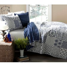 Monique 3 Piece Quilt Set