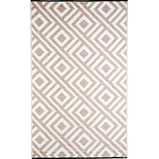 Malibu RV/Camping/Patio Mat/ Area Rug in Beige and White Reversible Pattern