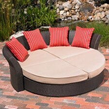 Corinth Daybed