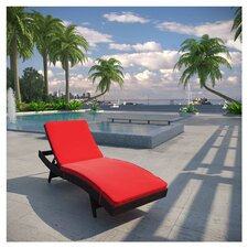 Peer Chaise Lounge