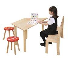 Kindermal- und Basteltisch