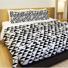 Distressed Triangles Lightweight Duvet Cover