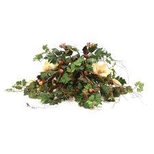 Magnolia, Raspberry, Grape Ivy Topper on Square Tray