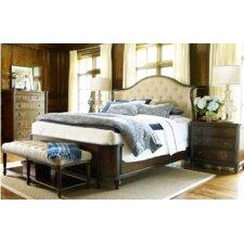 Barrington Farm Platform Customizable Bedroom Set
