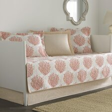 Coral Coast 5 Piece Daybed Quilt Set in Coral & White