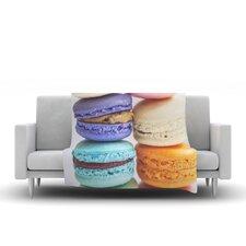 I Love Macaroons Throw Blanket