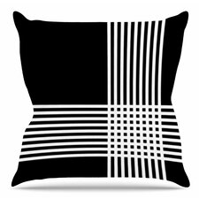 Krizanje V2 Throw Pillow