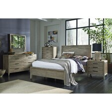 Harbourside Platform Customizable Bedroom Set