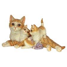 Garden Division Kitten Crowd Family Statue