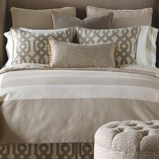 Rayland Polyester Vivo Button-Tufted Comforter