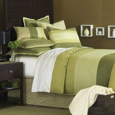 Mondrian Leaf Button-Tufted Comforter