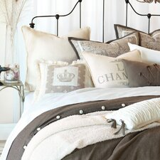 Daphne Polyester Flint Hand-Tacked Comforter