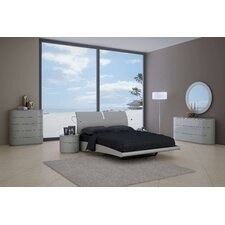 Moonlight Platform Customizable Bedroom Set