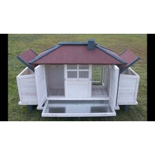 Chicken Coop with Lockable Nesting Box and Storage