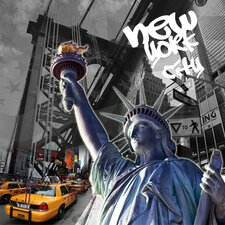 Symbol of Freedom NYC Edition 2 Graphic Art on Canvas