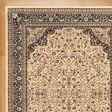 Traditional Area Rug in Ivory