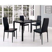 Esstisch und vier Stühle