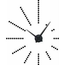 Analoge Wanduhr Dots 38 cm