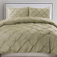Luxurious Pinch Pleat 3 Piece Comforter Set