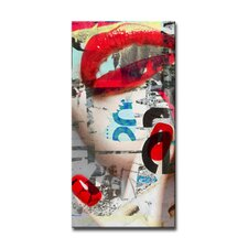 Urban Fashion XXIII Graphic Art on Canvas