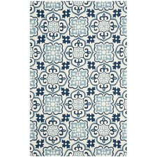 Back East Hand-Hooked Blue/Ivory Indoor/Outdoor Area Rug