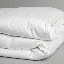 Superior Medium weight Down Alternative Comforter