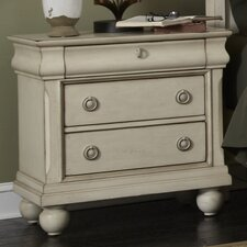 Pinesdale 3 Drawer Bachelor's Chest