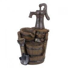 Brunnen in Holz-/Stein-Optik mit Kaskade