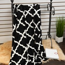 Quatrefoil Plush Soft Throw Blanket