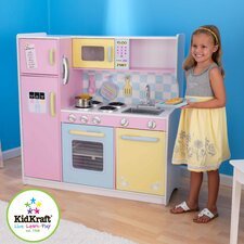 Kinderküche in Pastelfarben
