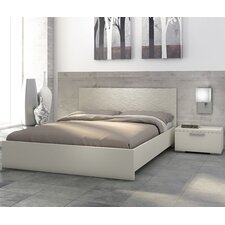 Sienna Platform Customizable Bedroom Set