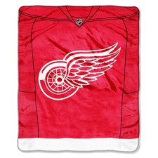 NHL Detroit Red Wings Puck Super Plush Throw